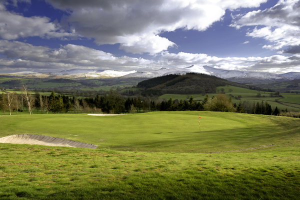"""Discover the """"Hidden Gems"""" of Golf in Mid Wales"""
