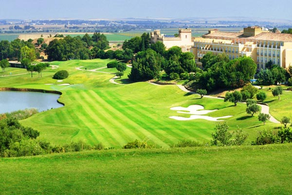 Montecastillo golf resort review 19th hole the golf for Hotel montecastillo golf