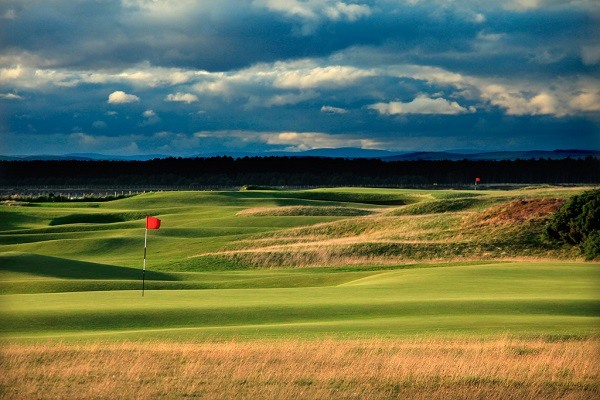 10 reasons to play golf in Scotland this summer