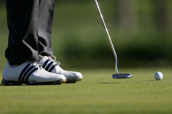 Who has the best putting average for 2014?