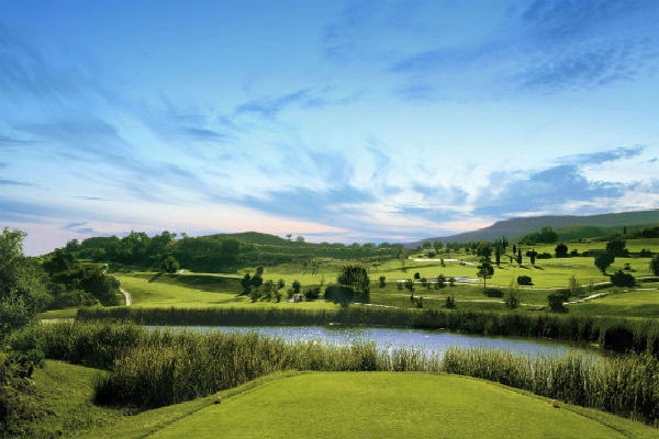 10 Reasons to choose Atalaya Park for your next golf holiday in Spain