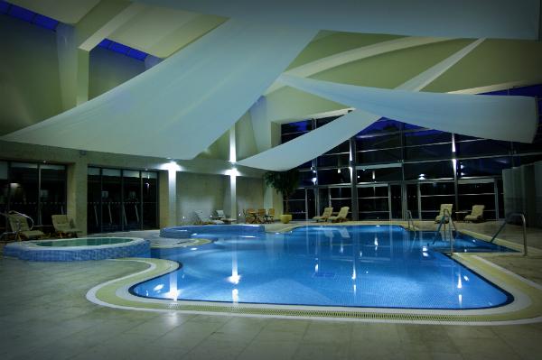 k-club-pool