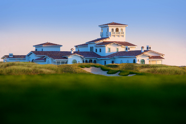 yas-island-links-clubhouse