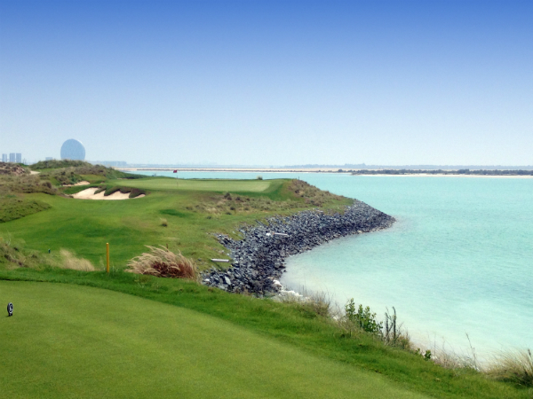 yas-island-links-golf-1