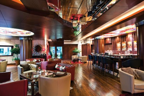 cornelia-de-luxe-bar