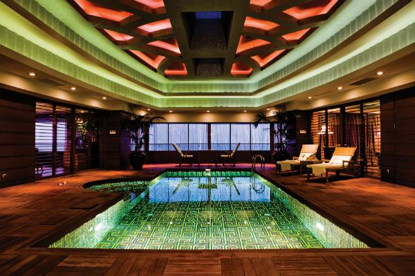 cornelia-diamond-spa-pool