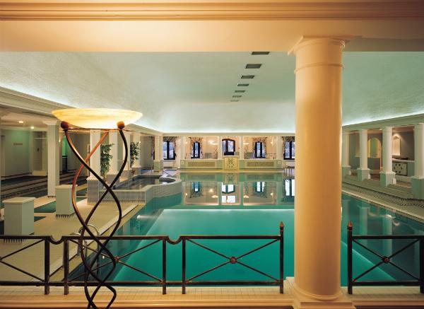 hanbury-manor-pool