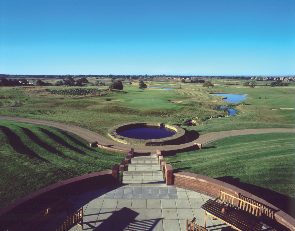 5 Reasons to Choose De Vere Wychwood Park for your next UK Golf Break